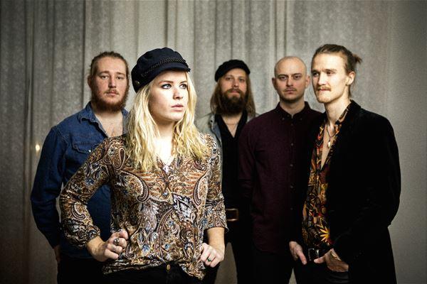 Sebastian Thorén, Musik: Lisa Lystam Family Band
