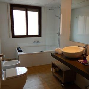 HPH121 - Hôtel 2* au cœur d'Ainsa
