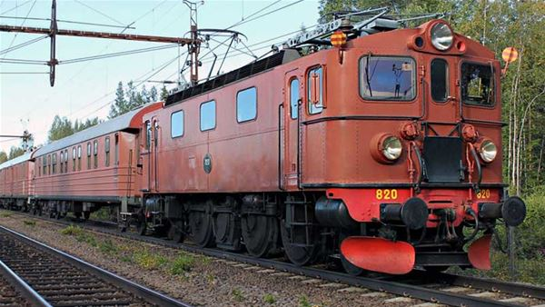 © Järnvägsmuseet, Take the Gingerbread Train to the Gävle Goat's Inauguration