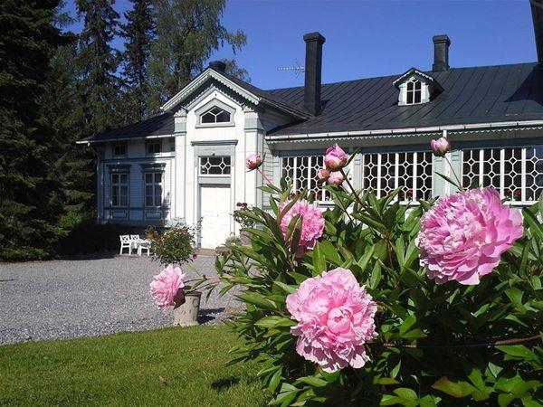Virtaa Manor