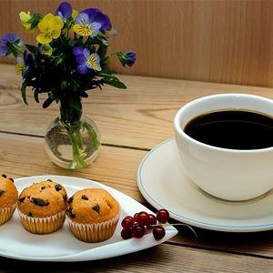 Loppis och café i Adak