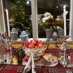 Julmiddag: Adventsbord på Bettys i Eckerö