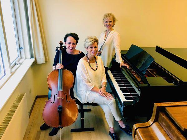 Trio Frón