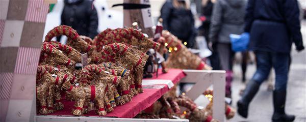 Gävle kommun,  © Gävle kommun, julen börjar i Gävle halmbockar