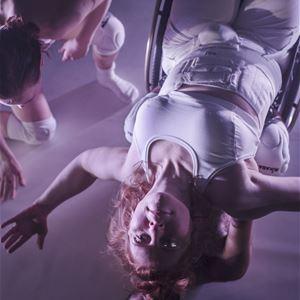 Dansföreställningen Skirtpower
