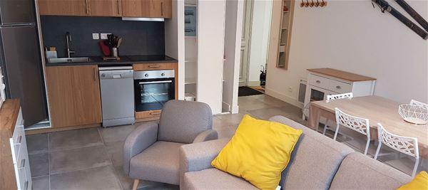 LUZ024 - Appartement - 4/6pers - rés du Parc à LUZ ST SAUVEUR (quartier thermal)