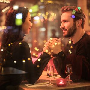 French romantic guided tour special Valentine's day