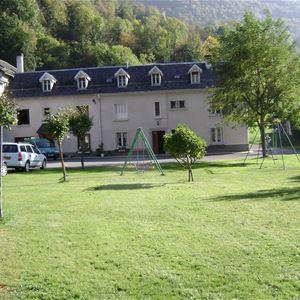 LUZ055 - Appartement pour 4 personnes dans le petit village d'Esterre.