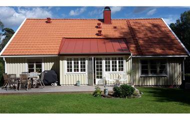 Uppsala - Stor härlig 1 1/2-plansvilla med källare nära bad och natur med gångavstånd till O-ringentorget och  - 7500