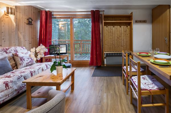 2 rooms 4 people / TOUTOUNIER 0 (Mountain of charm) / Tranquillity Booking
