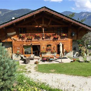 The Chalet Jardin d'Angele Bed and Breakfast