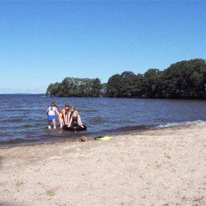 Bromölla Camping & Vandrarhem/Cottages