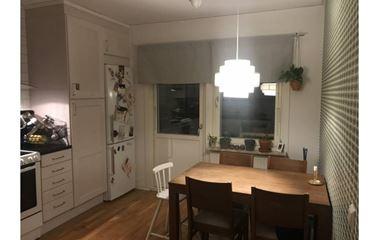 Uppsala  - 3,5 rum rok uthyres med 5 sängplatser i Uppsala - 7842
