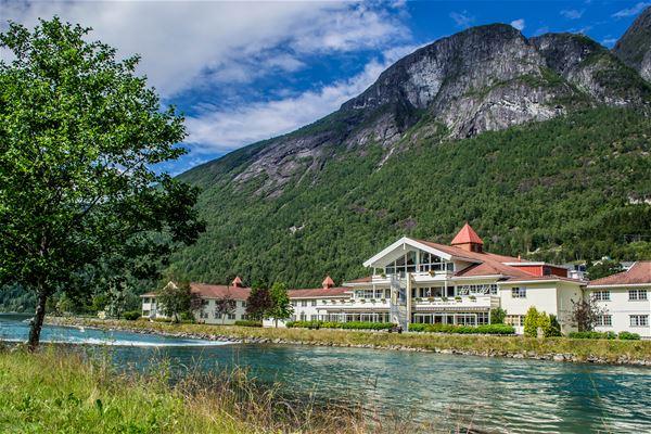 Hotel Loenfjord
