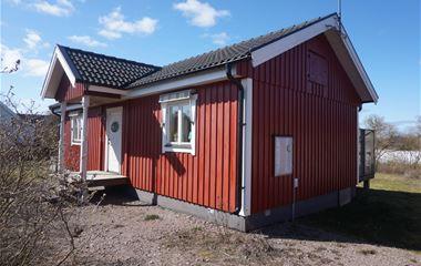 O163002 Folkeslunda** Pets Allowed
