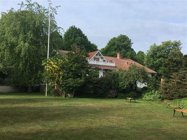 """Teater Gården i Mariehamn: """"Fastighetsskötaren"""""""