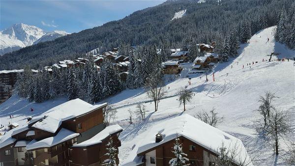 2 pièces, 4 personnes skis aux pieds / Saboïa A42 (Montagne)