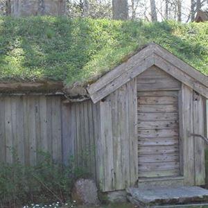 Sommarcafé vid Lille Petter Johans stuga