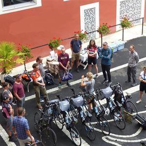 © ©/hotelgallaetlondres, HPH126 - Bike Hôtel-Spa stylé « Grand Siècle » dans un parc vue sur le Sanctuaire à Lourdes