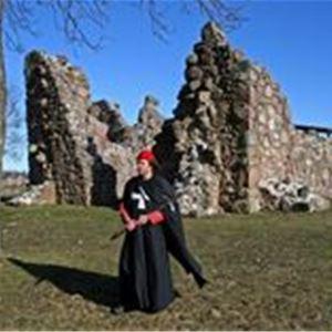 Kronobäcks klosterkyrkoruin, guidning