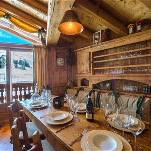 6 rooms 8 people / CHALET MADELEINE (Mountain of dream)