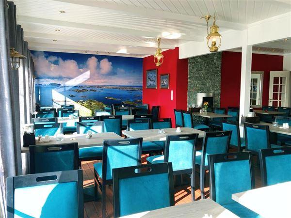Røst Bryggehotell,  © Røst Bryggehotell, The restaurant at Røst Bryggehotell