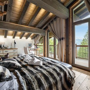 7 rooms 10 adults and 2 children / CHALET LABAOBOU (Mountain of Exception)