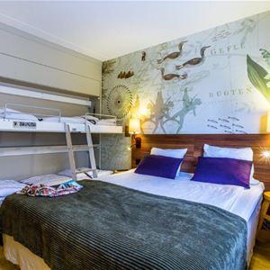 Scandic Hotels, Familjerum  med dubbelsäng och våningsäng