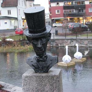 © Anders Djerf, Stadsvandring - Litterär vandring längs ån