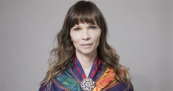 Elisabeth Ohlson, Författarscen: Ann-Helén Laestadius