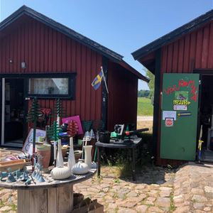 Therese Hagström Andersson,  © Visit Karlskrona, Flea Market - Brofästet Senoren