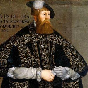 Gustav Vasa i svart kappa med broderade detaljer.