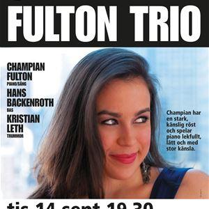 © Copy: http://www.jazzijemtland.se/program/champian-fulton-trio-45431020 , Kvinna med leende