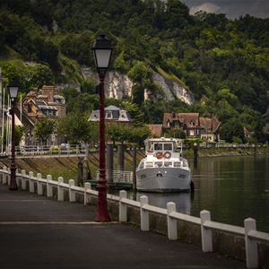 A Sunday cruise on the Seine from Rouen to La Bouille