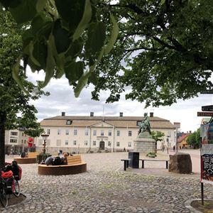 Stora torget Falun, rådhuset Engelbrekt statyn.