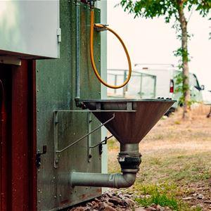 Latrintömning - Halltorp rastplats