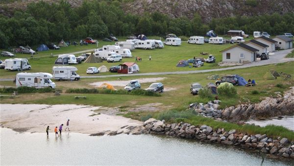 Torghatten camping,  © Torghatten camping, Torghatten camping & beach restaurant (Cabins and appartments).