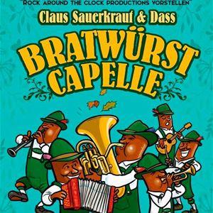 En tecknad affisch med texten Claus Sauerkraut und dass bratwürst capelle, korvar i tyrolerkläder som spelar olika instrument.