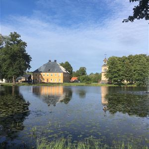 Välbevarade, vackra Österbybruk - Roslagsambassadörstur