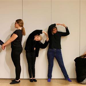Prova på improvisationsteater