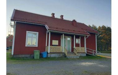 Klabböle - Boende i trevlig Bygdegård med gott om utrymme, strax utanför Umeå  - 8273