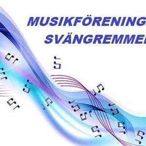 En målad regnbåge med flygande noter i den och en text med musikföreningen svängremmen.