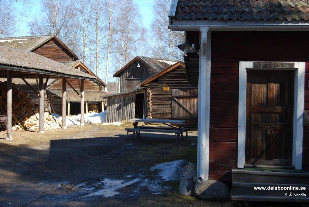 S Å Nordh, Bjuråkers Forngård