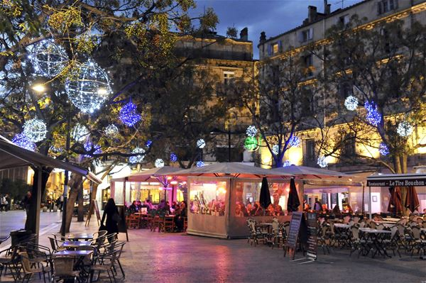 French guided tour for winter: Montpellier by night