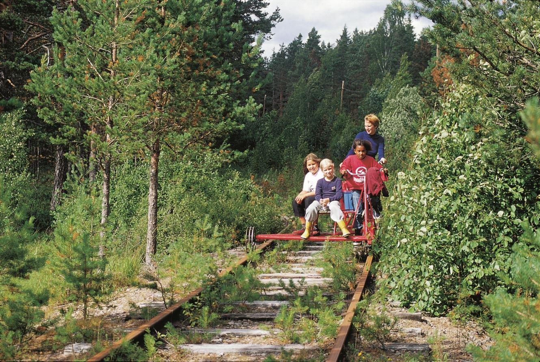 Arne Johansson, Dressinåkning längs Inlandsbanan