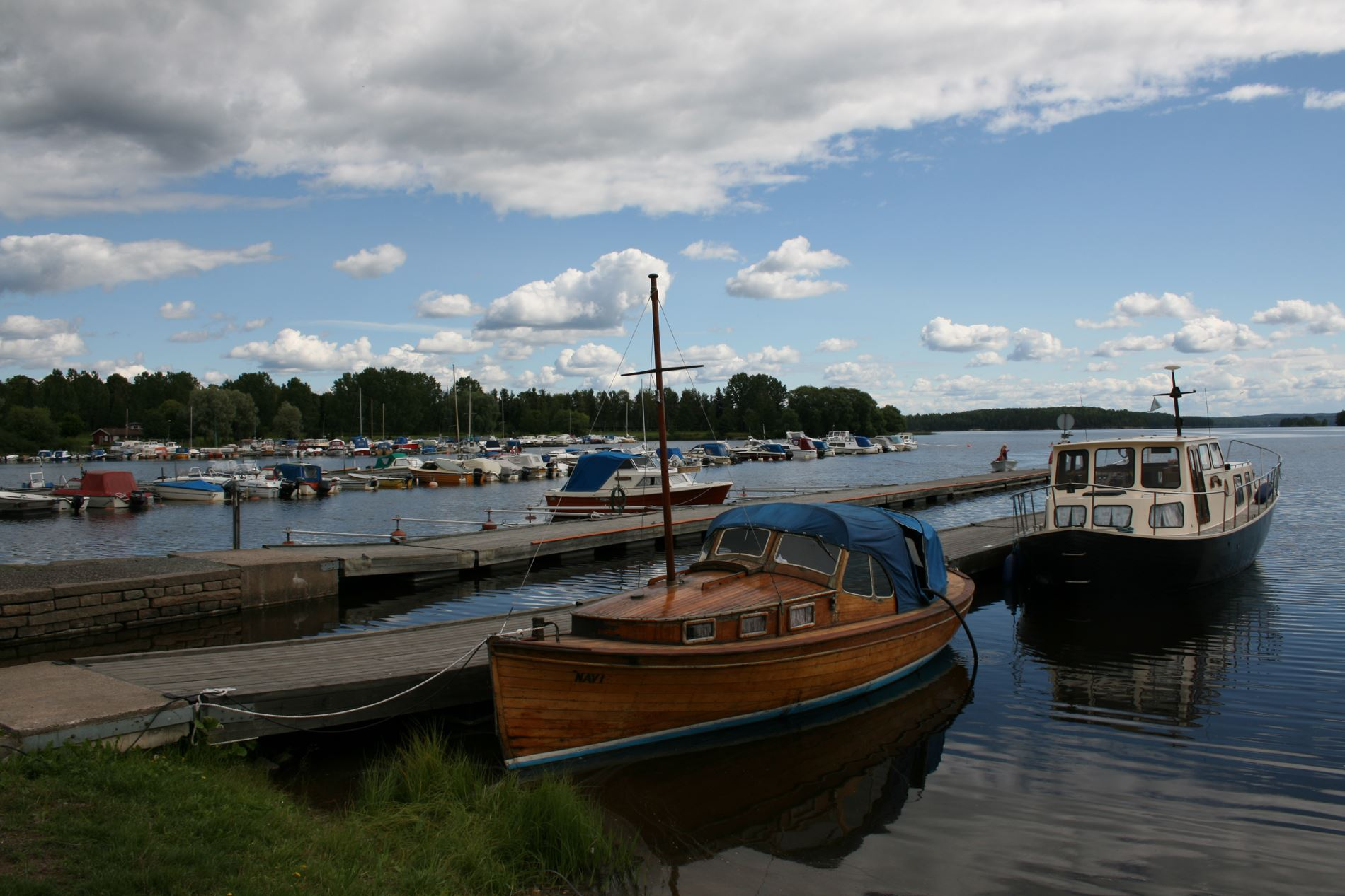 Foto: Pia R Wallner, Smedjebackens hamn och lokstall
