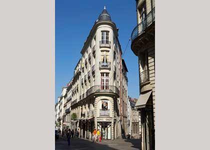Rue Crébillon