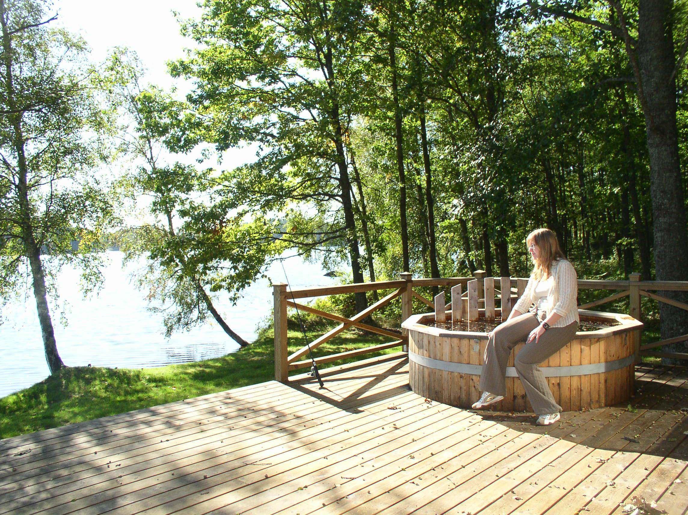 Hammarsjöns spa (badtunna + bastu)