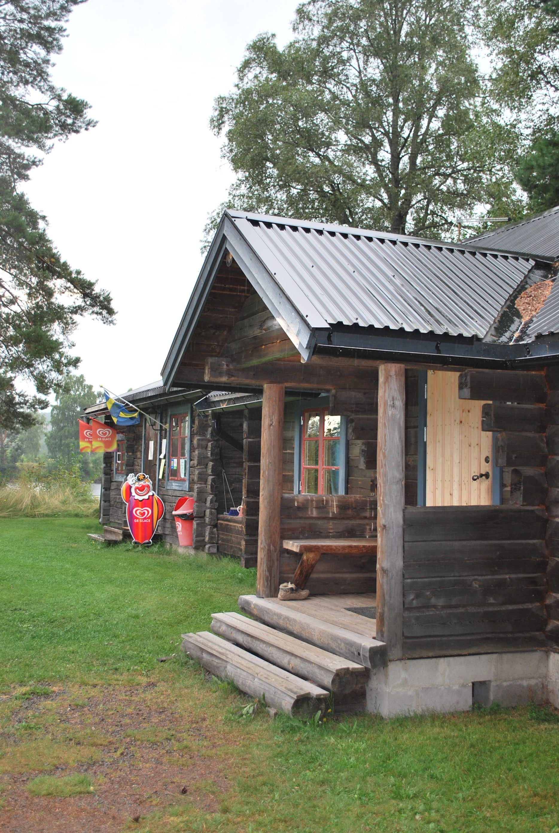 Cabin with 2 beds