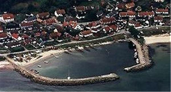 Vitemölla hamn